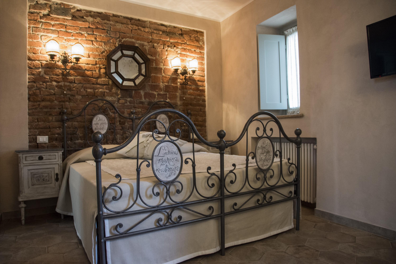 Le camere beb venaria l 39 arcolaio - Camere da letto stile antico ...